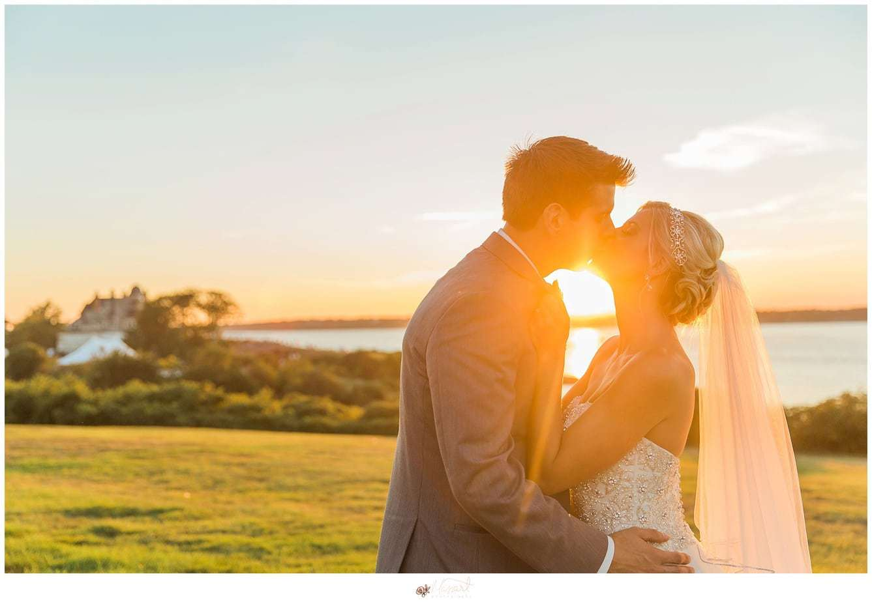an ocean cliff resort newport wedding portrait with rhode island photographers of massart photography RI, CT, MA