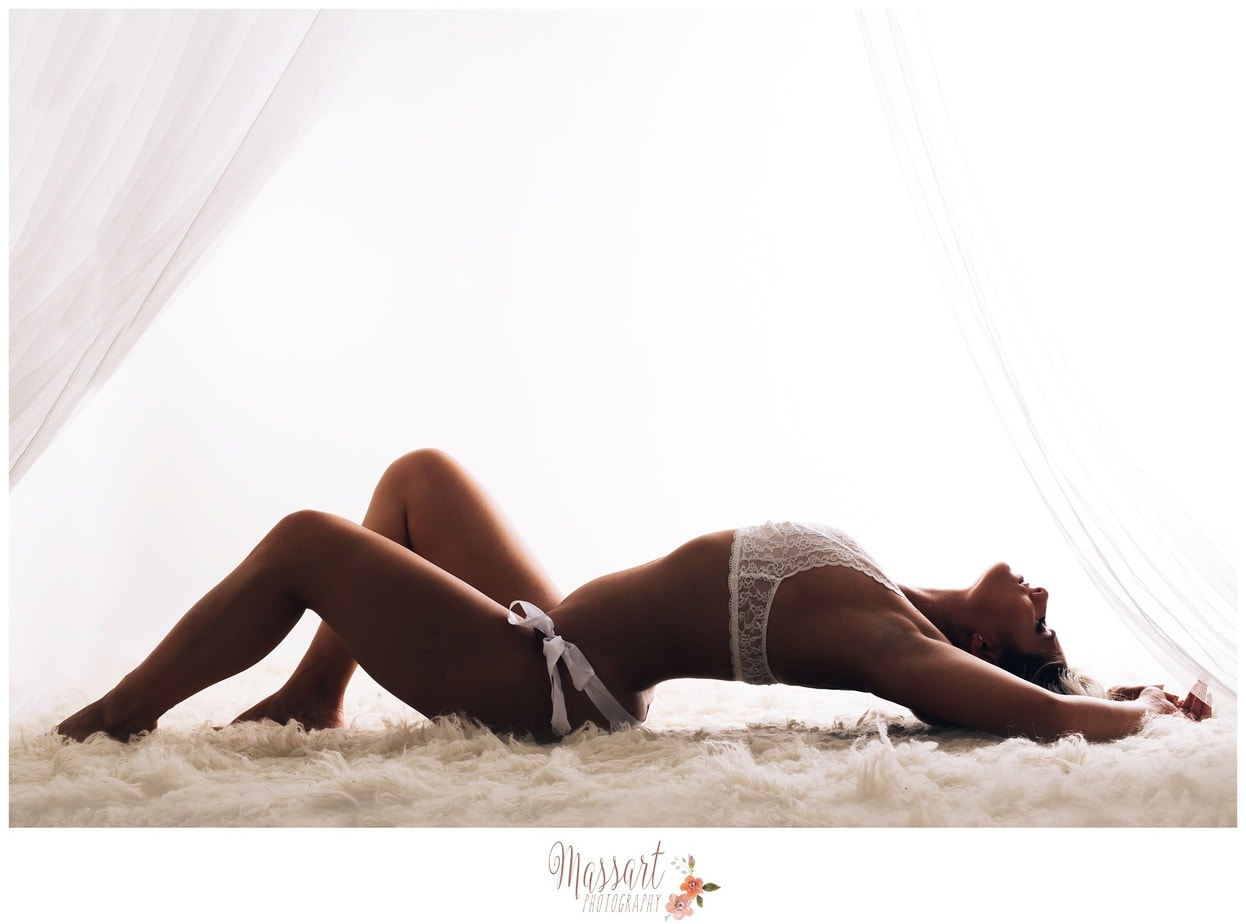 boudoir photography photographs photos pictures pics RI MA CT little black book