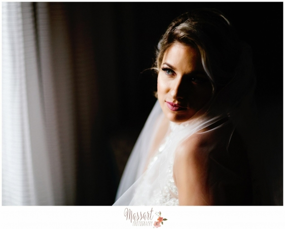 Bridal portrait of bride on her wedding day with Warwick Rhode Island photographers of Massart Photography RI MA CT