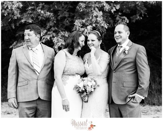 Black and white portrait of bride with family photography by Rhode Island photographer of Massart Photography RI MA CT