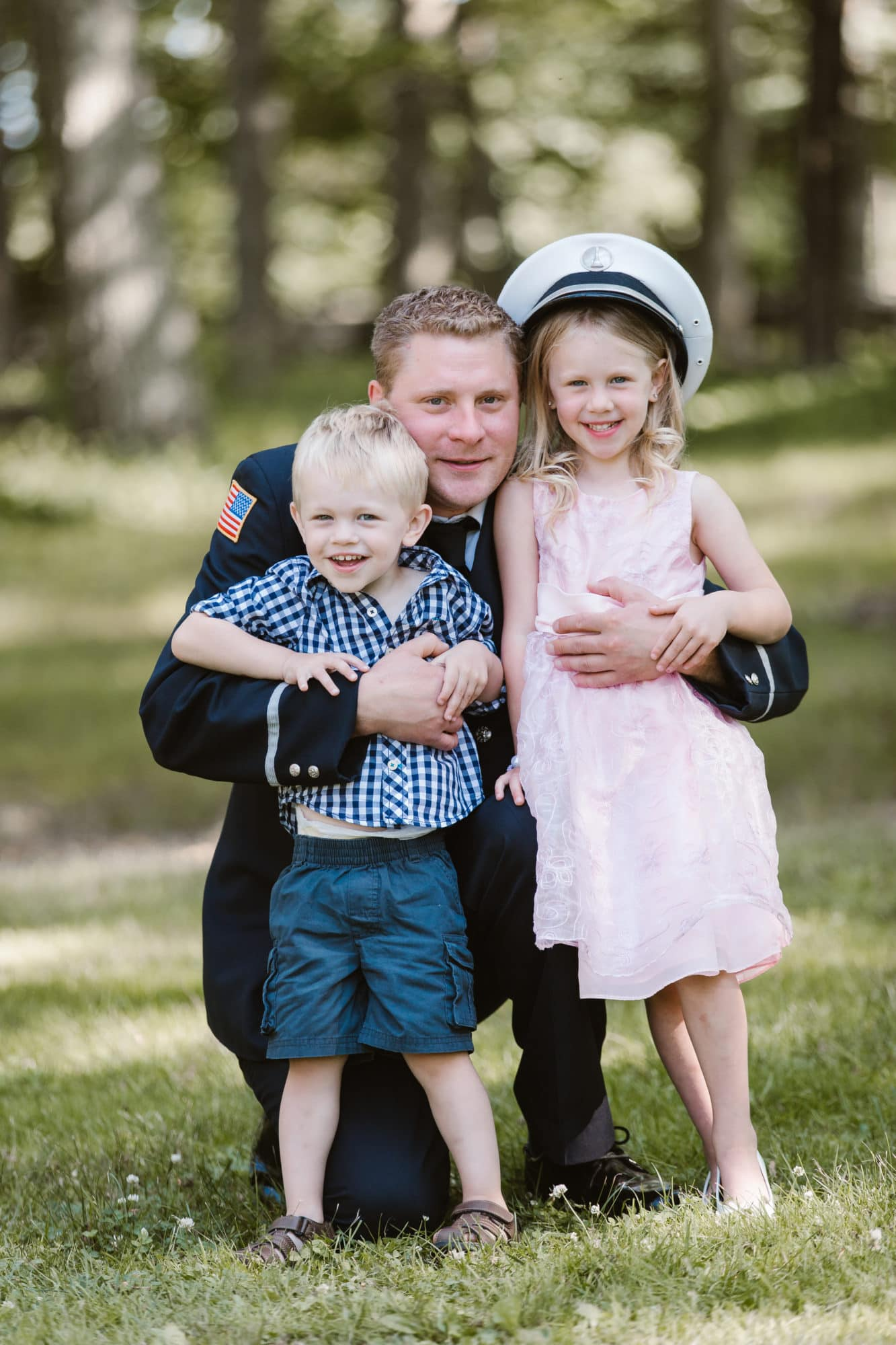 A family portrait session in the park to thank those who serve our country on a daily basis photographed by Massart Photography RI