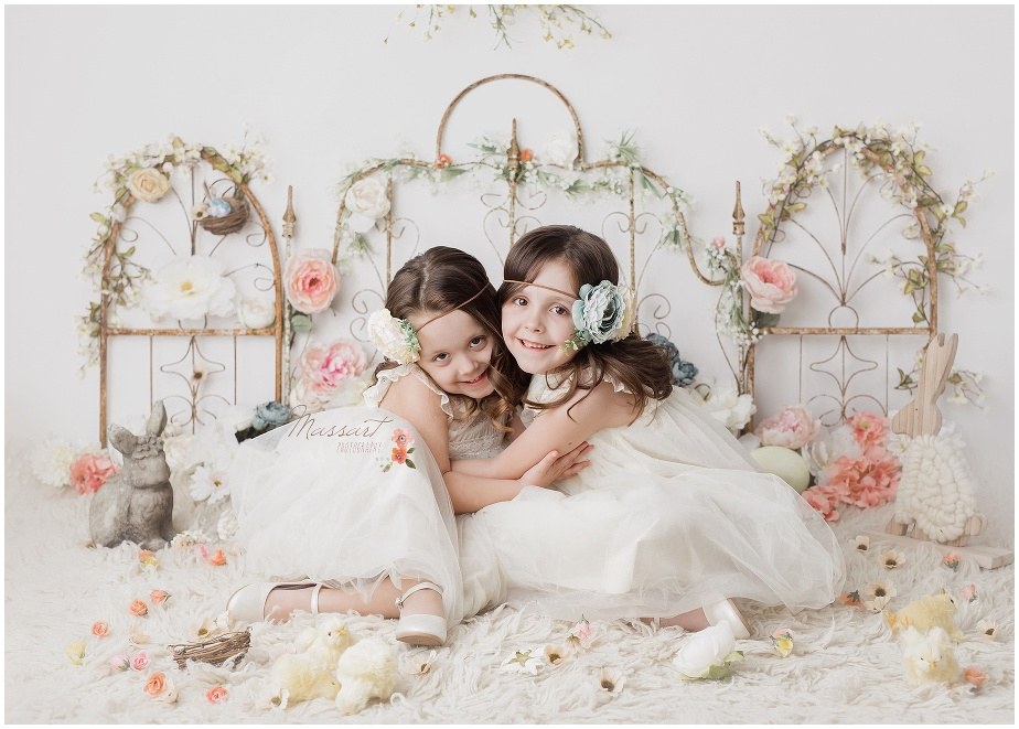 Sisters pose for an Easter picture at massart photography
