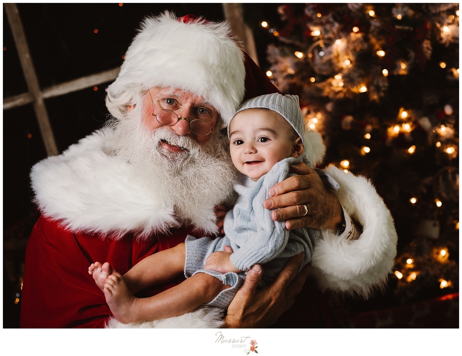 Mini sessions with Santa in RI by Massart Photographers for RI, CT and MA
