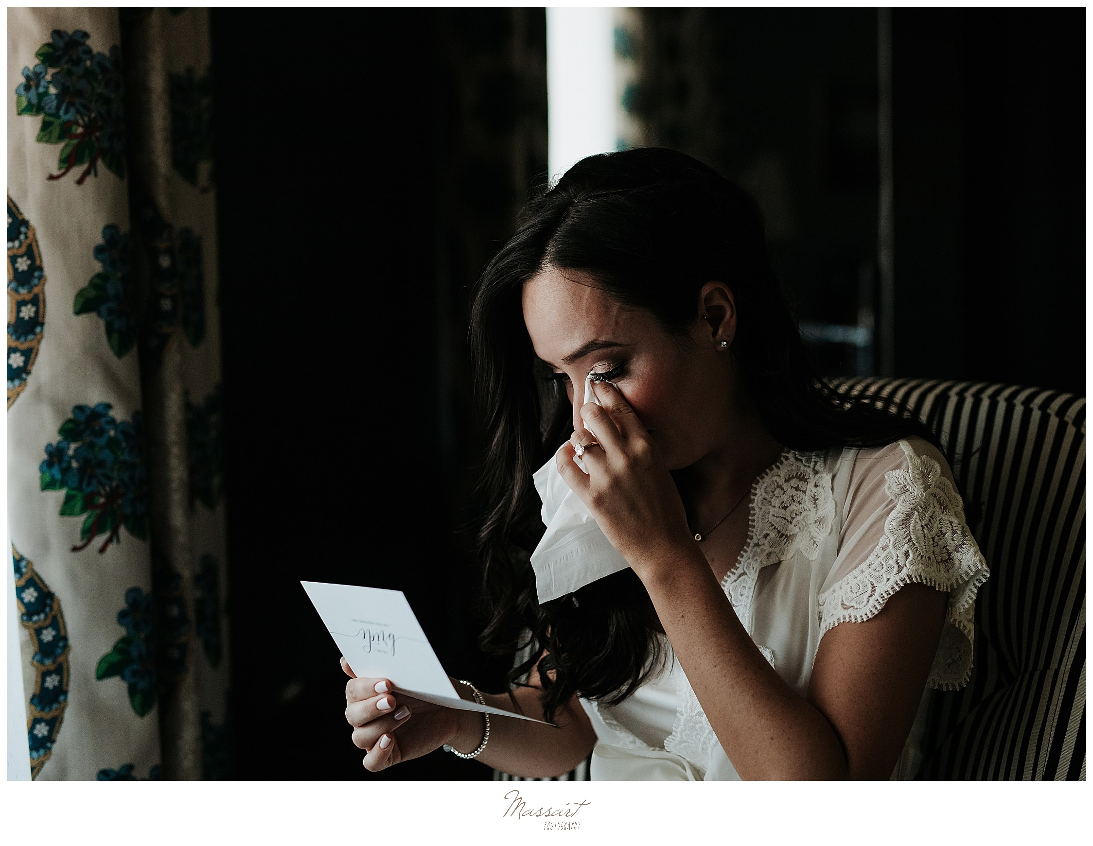 bride reads letter from groom photographed by wedding photographers Massart Photography